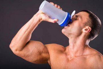 atleta a tomar suplementos