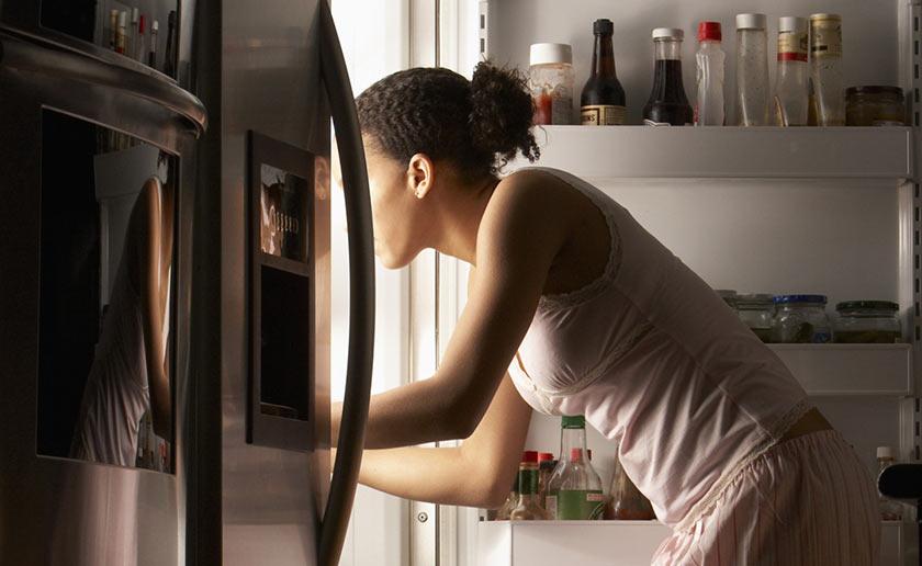 Comer à noite engorda? Deve-se evitar hidratos de carbono à noite?